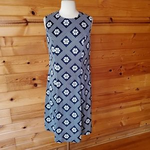 1960s Unlabeled Navy & White Polyester Dress
